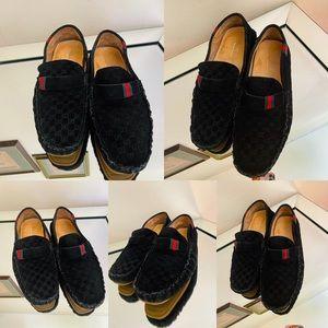 💫💫🔥🔥🛍🛍💯 RARE!!! Men's Gucci Loafers.🔥